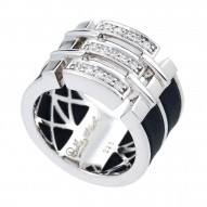 Links Black Ring
