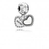Pandora Charm  Style# 791383