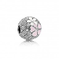 Pandora Charm  Style# 792084CZ