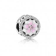 Pandora Charm  Style# 792085PCZ