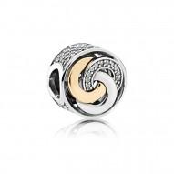 Pandora Charm  Style# 792090CZ