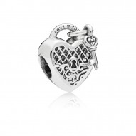 Pandora Charm  Style# 797655