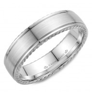 CrownRing wedding band with brushed center and rope detailing.