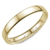 CrownRing wedding band in yellow gold with hidden rope detailing.