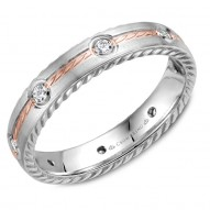 CrownRing wedding band in white gold with rope detaining on the sides, rose gold rope detailed center and 6 round diamonds.