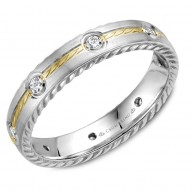 CrownRing wedding band in white gold with rope detaining on the sides, yellow gold center and 8 round diamonds.