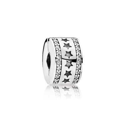 Pandora Charm  Style# 796381CZ